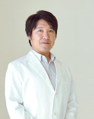 医師 彦坂和信 写真